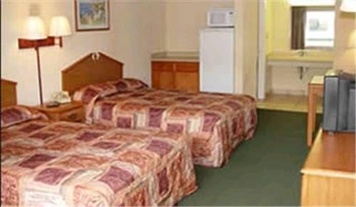 фото Happy Holiday Motel 677658042