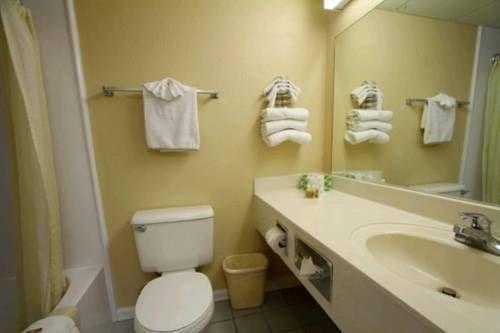 фото Tropical Seas Hotel 677658426
