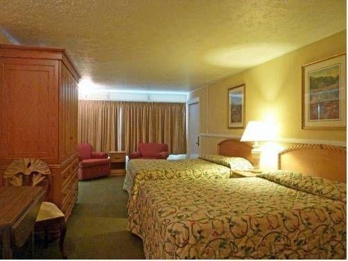фото Hurl Rock Motel 677658467
