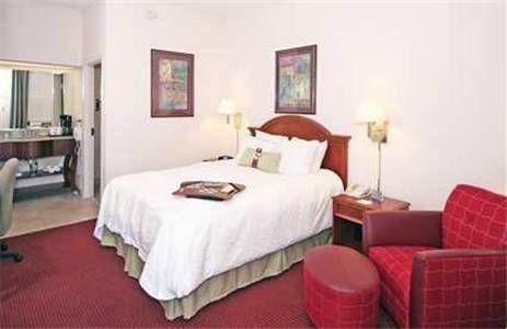 фото Comfort Inn & Suites 677658564