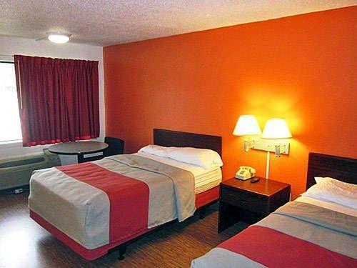 фото Motel 6 Simpsonville 677658923