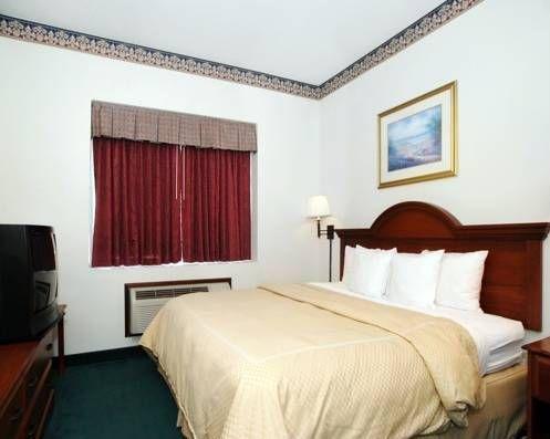 фото Comfort Suites Summerville 677659038
