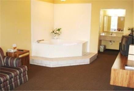 фото Vista Inn & Suites Hermitage 677662565