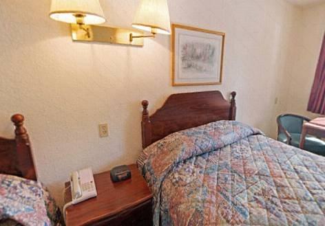 фото Americas Best Value Inn Blytheville 677665975