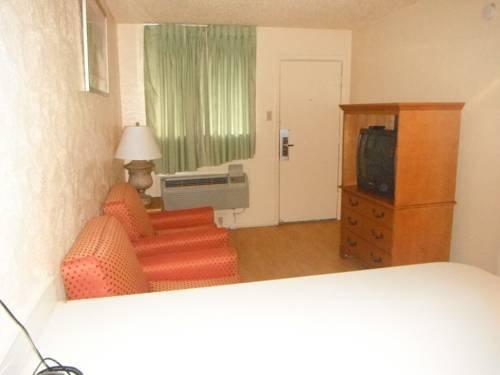 фото Austin Suites Hotel 677668350