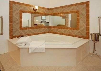 фото Comfort Inn Celburne Main Hwy 677669926
