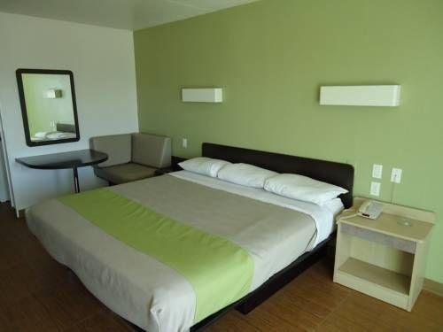 фото Motel 6 Dallas Forest Lane 677671404