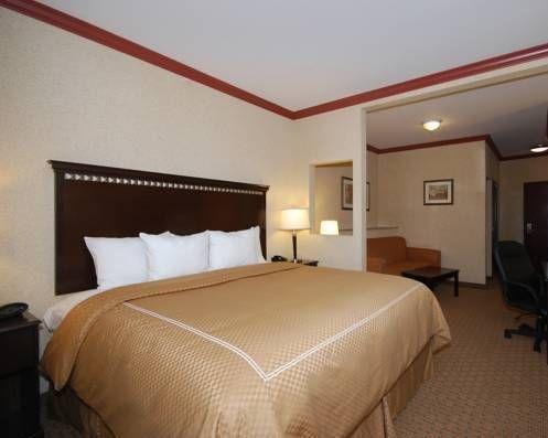 фото Comfort Suites Central 677672996
