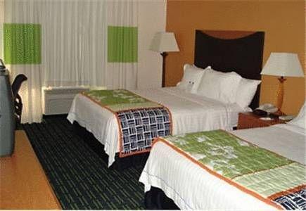 фото Fairfield Inn by Marriott Humble 677677211