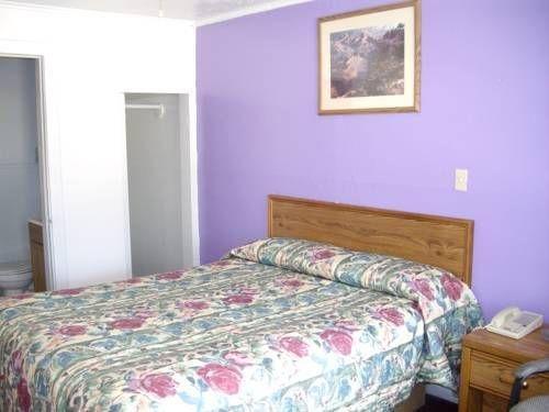 фото Relax Inn Motel Kountze 677678529