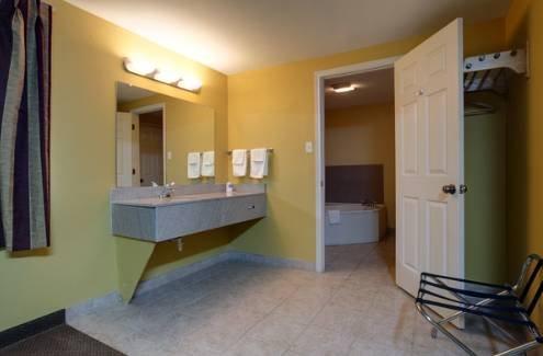 фото Americas Best Value Inn-Nacogdoches 677680367