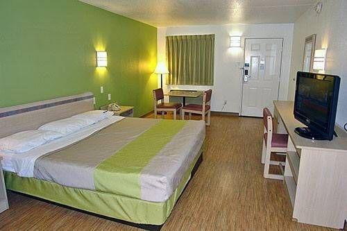 фото Motel 6 Dallas - Plano Northeast 677681369