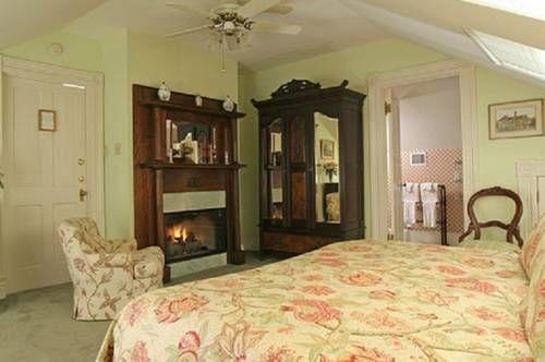 фото Noble Inns 677683904