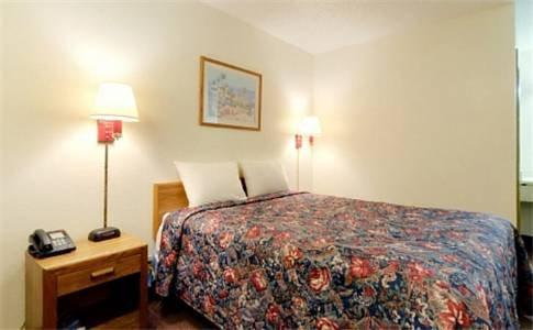 фото Americas Best Value Inn-Winona/Tyler 677686650