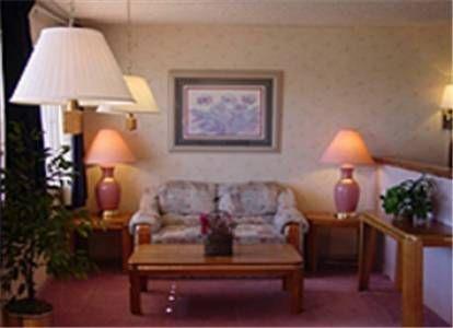 фото Four Seasons Inn 677687316