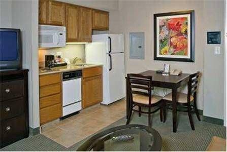 фото Homewood Suites by Hilton Alexandria 677694123