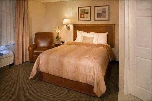 фото Candlewood Suites Fredericksburg 677695835