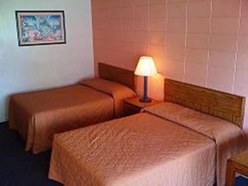 фото Flagship Inn and Suites - Virginia Beach 677699763