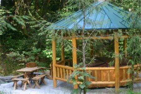 фото Copper Creek Inn, Cabins and Lodge Resort @ Mt. Rainier 677701141