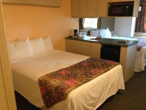 фото Travelodge Suites Auburn 677701250
