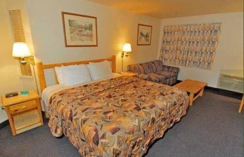 фото Cedars Inn 677702113