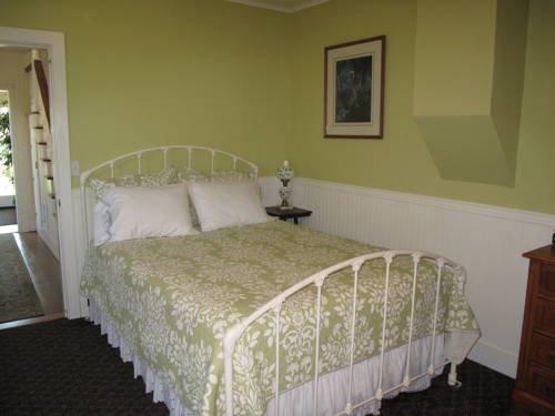фото Etta`s Place Suites 677702676