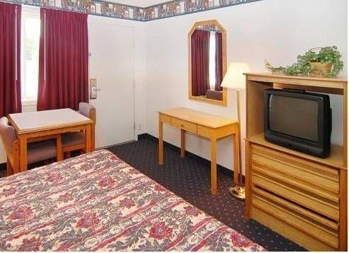 фото Blue Bridge Motel 677702989