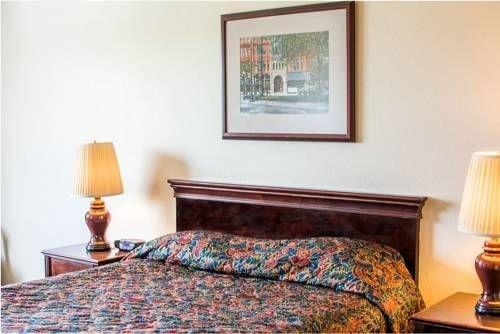 фото Village Inn & Suites Marysville 677703610