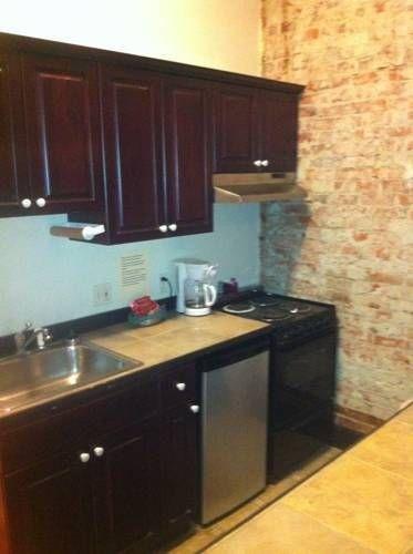 фото Historic Apartments at Merchants Cafe & Saloon 677705849