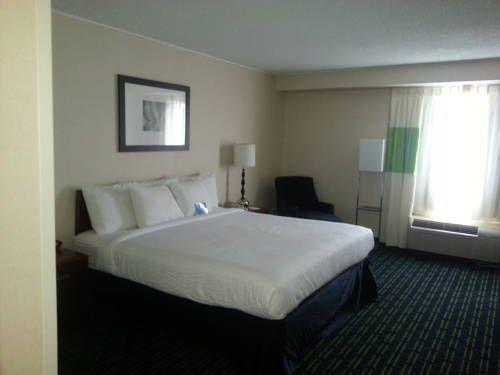 фото Charleston Capitol Hotel 677707099