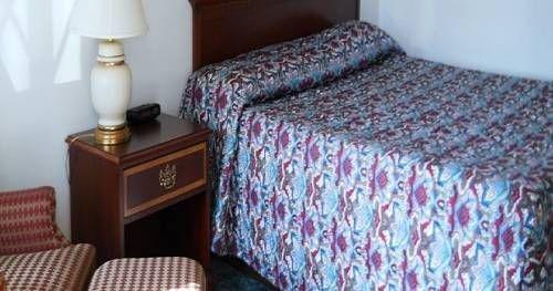 фото Value Inn Motel - Oak Creek 677710272