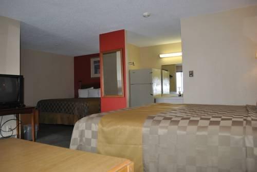 фото Valu Stay Inn & Suites River Falls 677710593