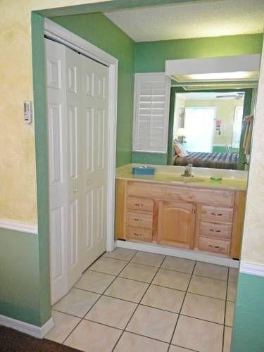 фото The BoatHouse Motel 677714478