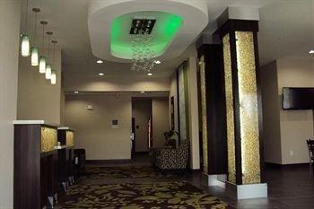 фото Quality Inn & Suites Kenedy - Karnes City 678070468