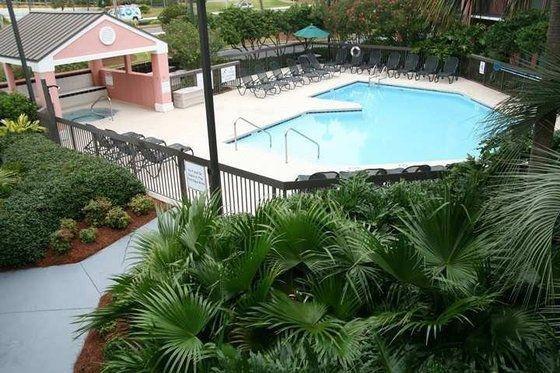фото Hampton Inn & Suites Destin 680363343