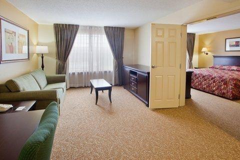 фото Days Inn & Suites Tucker/Northlake 682607248