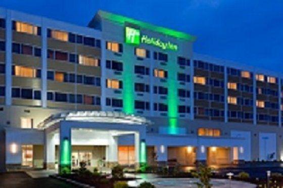 фото Holiday Inn New York JFK Airport Area 682831650