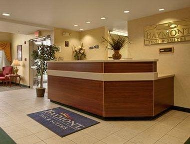 фото Bridgepointe Inn & Suites Toledo-Perrysburg 683548920
