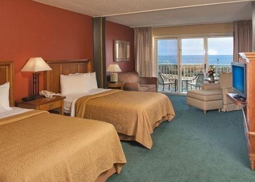 фото Quality Inn & Suites Beachfront 685916660