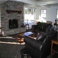 фото Mammoth Creek Inn 685927741
