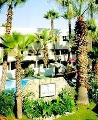 фото INNTOWNE HOTEL 685975581