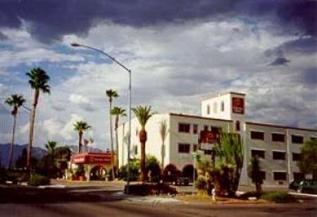 фото La Quinta Inn & Suites Tucson – Reid Park 685977500