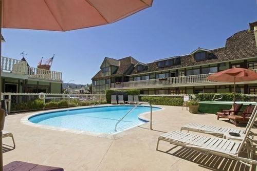 фото Americas Best Value Inn 685980255