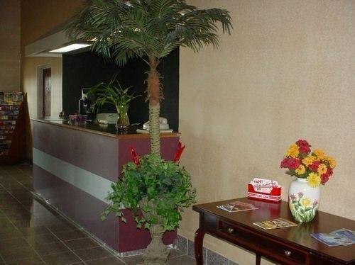 фото Country Hearth Inn Sidney Hotel 685995127