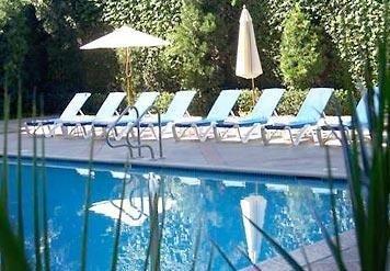 фото Marriott Burbank Airport Hotel 685995555