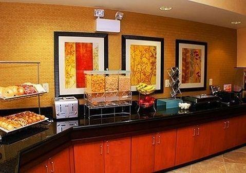 фото Comfort Suites Hotel Vero Beach 686051828
