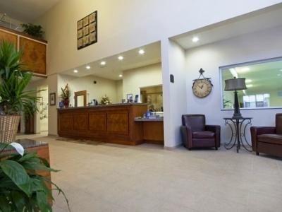 фото Best Western PLUS Peppertree Inn at Omak 686084941