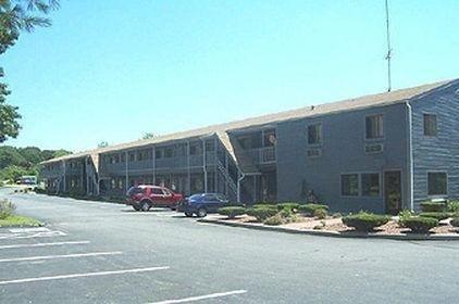 фото Rodeway Inn Groton 686116678