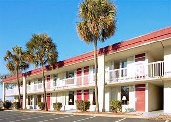 фото Econo Lodge Pensacola Hotel 686118024