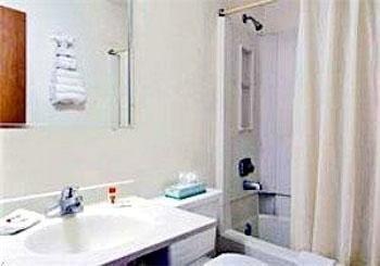 фото Easy Rest Inn 686245080